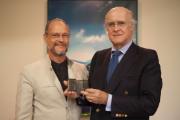 Chairman of the China Observatory, Professor Rui D'Ávila Lourido, and Rui Carp, Chairman of INCM's Board of Directors