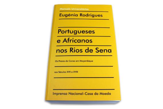 Foto 1 do produto Portugueses e Africanos nos Rios de Sena