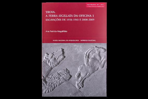 Foto 1 do produto Suplemento 10 - O Arqueólogo Português - Troia. A Terra Sigillata da Oficina 1. Escavações de 1956-1961 e 2008-2009